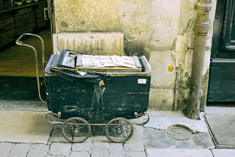 Ein Kinderwagen in Frankreich