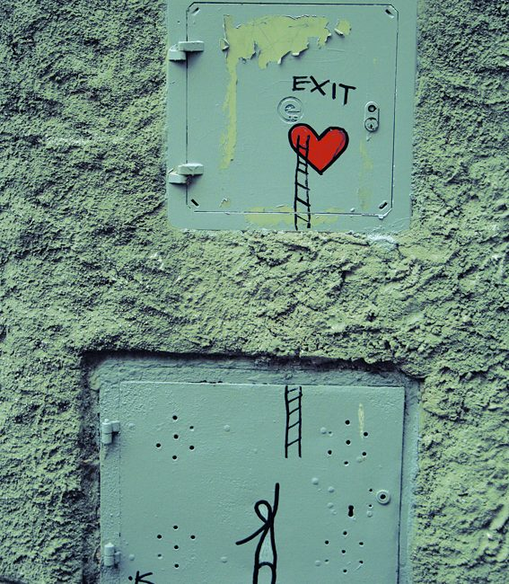 Love ist the exit